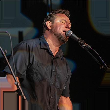 Singer Joey Eppard