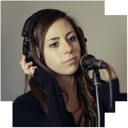Singer Lindsey Skeye