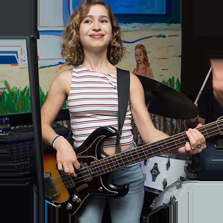 Bassist Zoe Zeeman